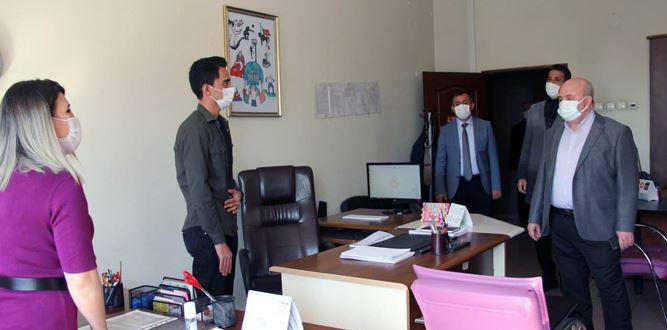 Millî Eğitim Müdürü Yılmaz'ın Regayip Kandil Ziyareti