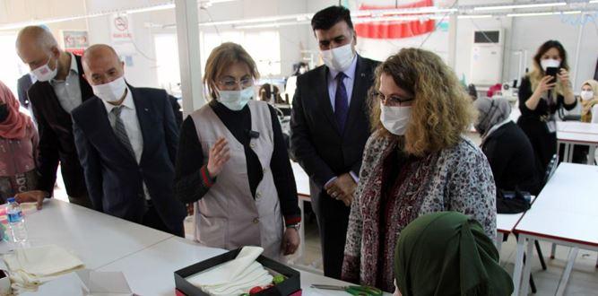 Sevilay Coşkun'dan, Kapıçam Halk Eğitimi Merkezine ziyaret