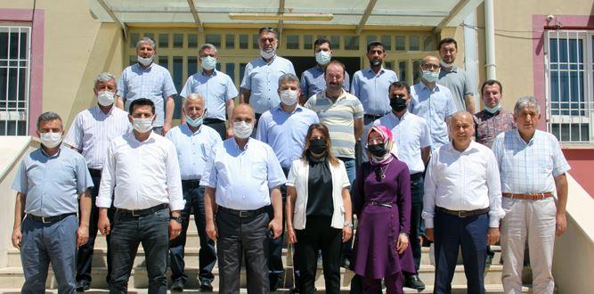 Akşemseddin İHO ve Kız Anadolu İHL'nin Tanıtım toplantısı yapıldı