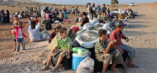 """Suriyelilerin """"Diyardan Uzak"""" En Buruk Bayramı"""