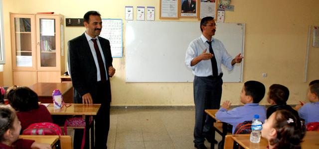 Akküncü'den Ahmet Bayazıt ilk ve Ortaokuluna ziyaret