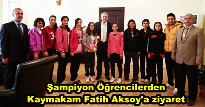 Şampiyon Öğrencilerden Kaymakam Fatih Aksoy'a Ziyaret.