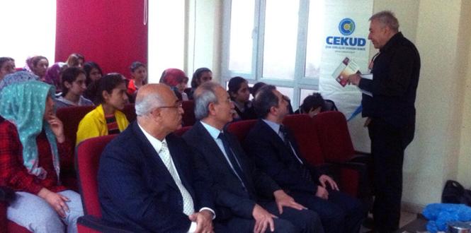 "Prof.Dr. Orhan Kural'dan ""Çevre ve İsraf"" Semineri"