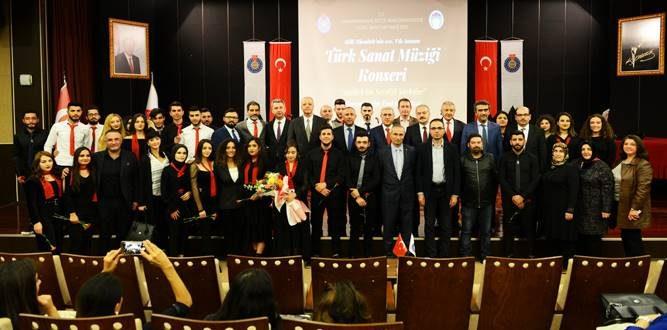Atatürk'ün Sevdiği Şarkıları Seslendirdiler