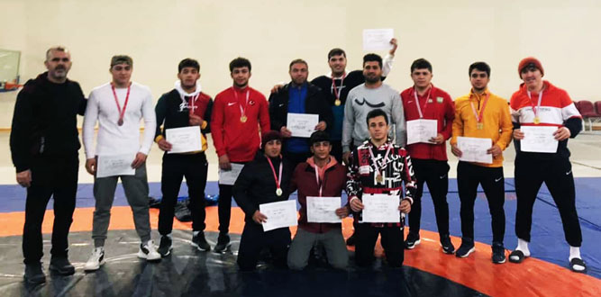 Kahramanmaraş Spor Lisesinin Güreşte Büyük Başarısı