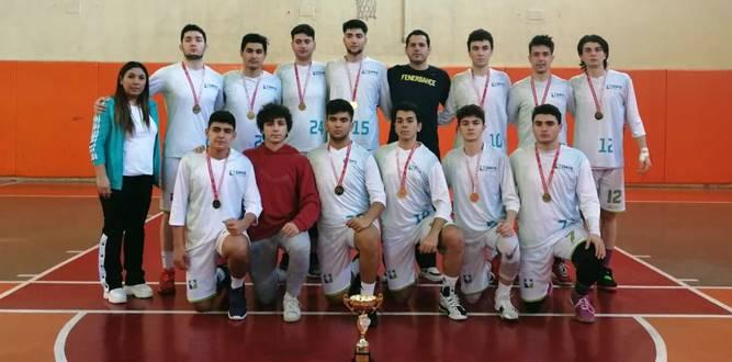 Simya Kolejinin 12 Dev adamı şampiyon oldu