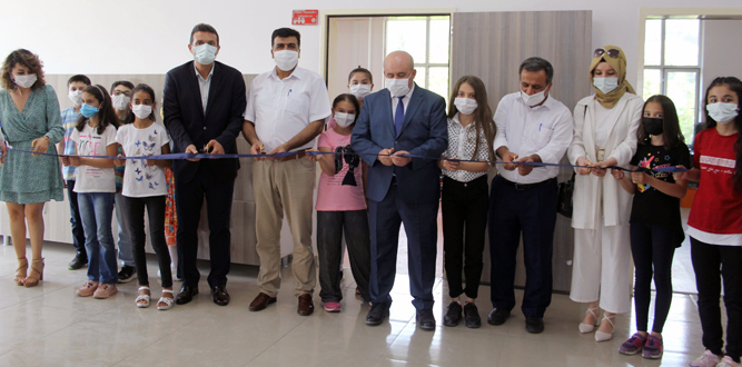 Muhsin Yazıcıoğlu Ortaokulunda EBA Destek Noktası Açıldı