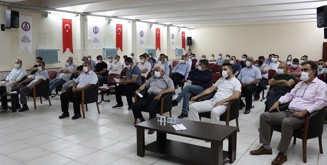 Onikişubat İlçesinde LGS 2021 toplantısı Bina Komisyon Başkanlarıyla toplantı düzenlendi.